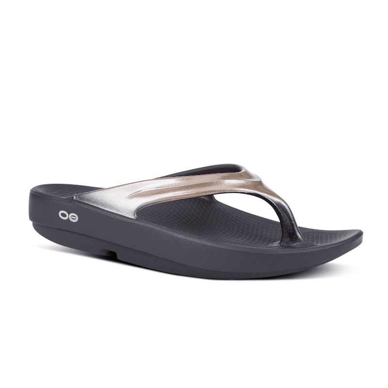 Oofos Oolala Luxe Thong Black-Latte-min